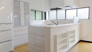 造作対面型キッチン(吊戸棚無し)