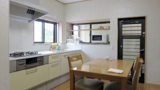 壁付け型キッチン(吊戸棚無し)